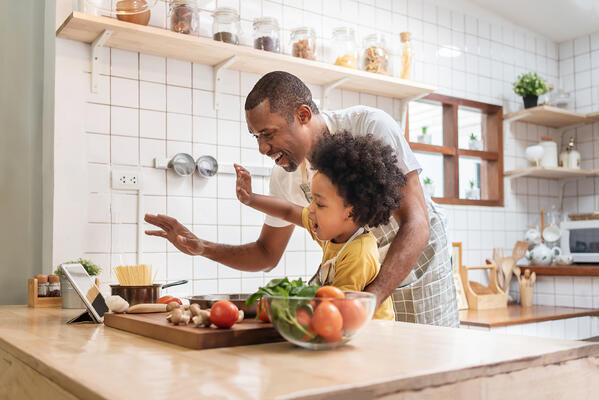 Dad and child cooking- JConnelly blog- Food and Beverage Consumer Trends to Watch