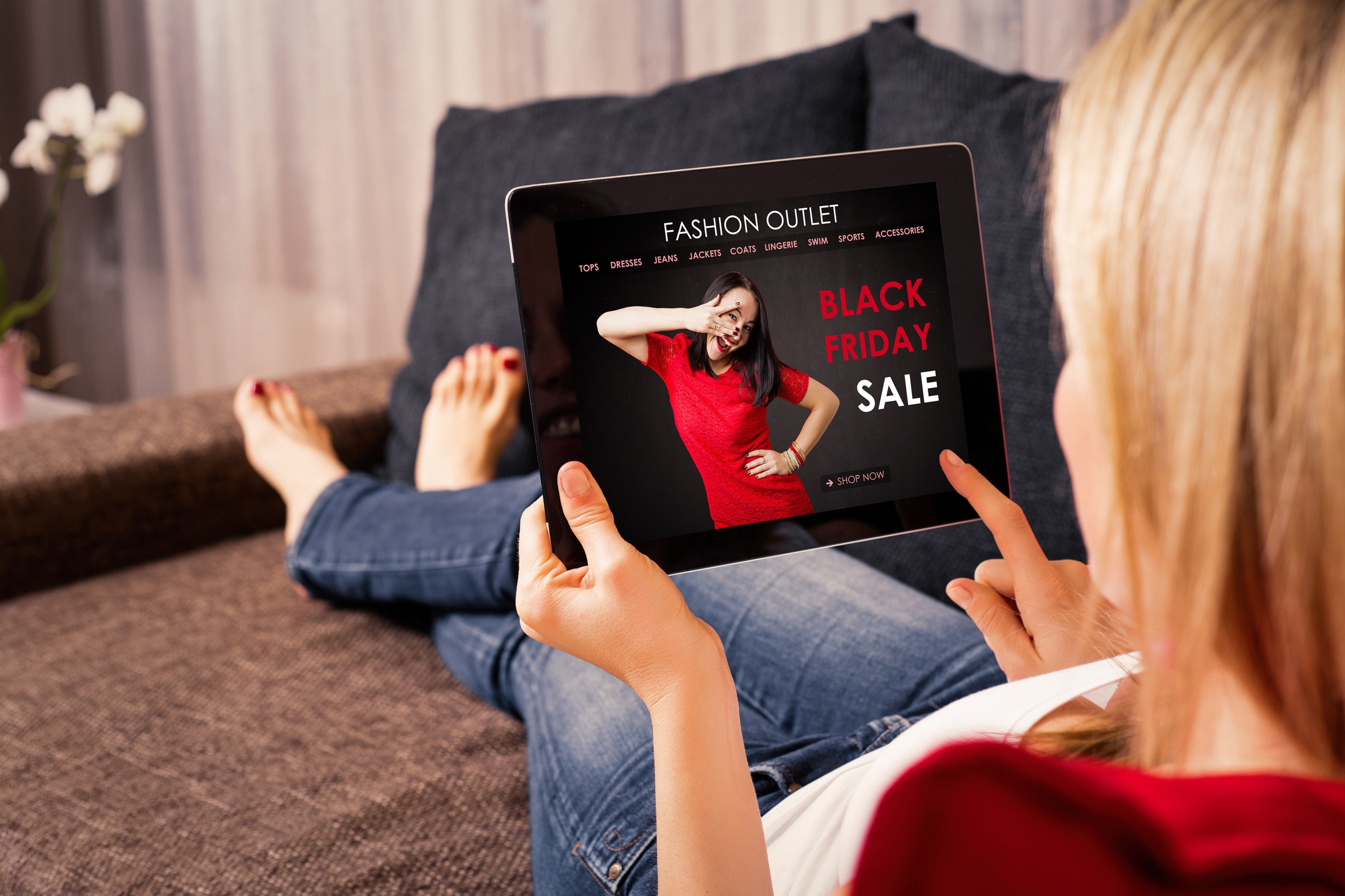 Woman Clicking on Digital Ad- The New Age of Advertising JConnelly Blog.jpg